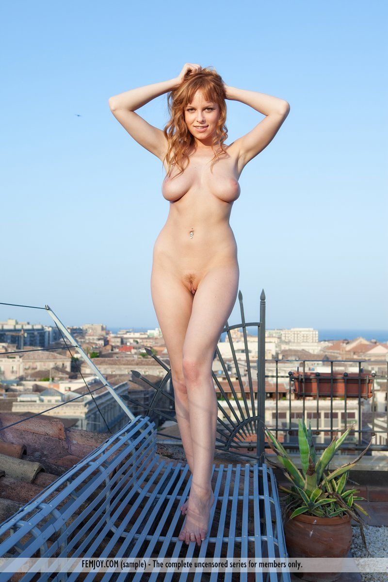 Theme, Gigantic nude girls pictures many thanks